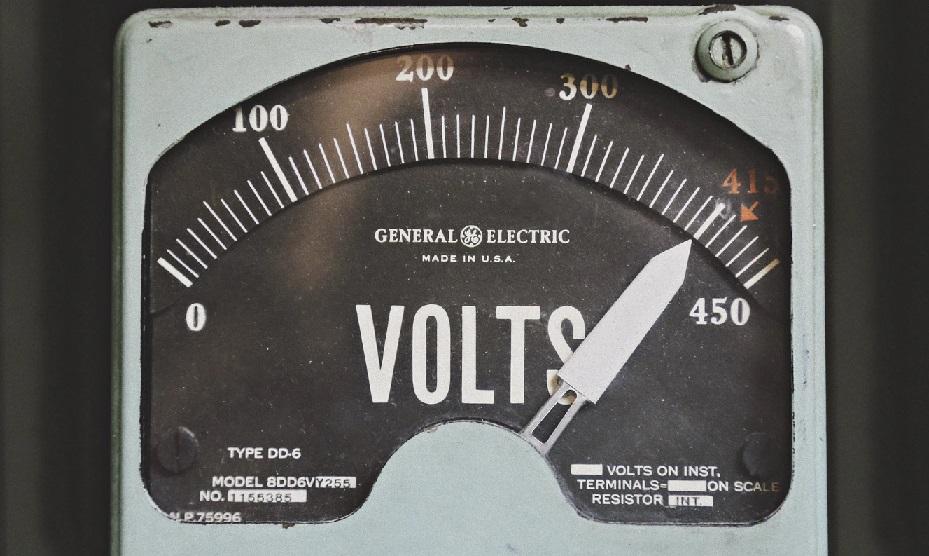 旧い通電テスターのメモリ部分